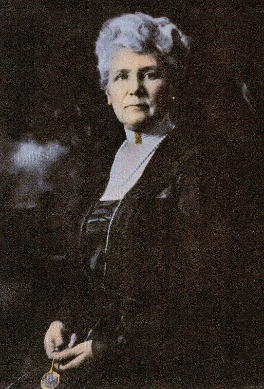 Fig. 3. Olivia Murray Cutting who donated today's Bayard Cutting Arboretum to New York State. Courtesy Bayard Cutting Archives.
